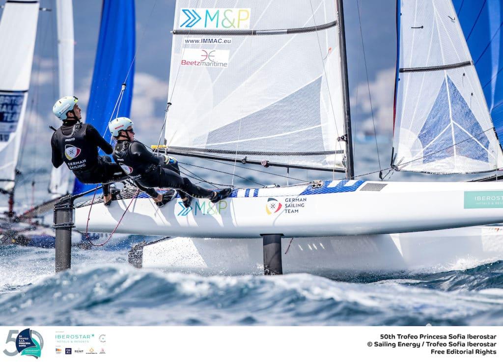 Für Paul Kohlhoff und Alica Stuhlemmer platzt eder Traum vom Medal Race ganz knapp. Das Nacra 17-Team kam auf Platz 11. Foto: Sailing Energy/Trofeo Princesa Sofia