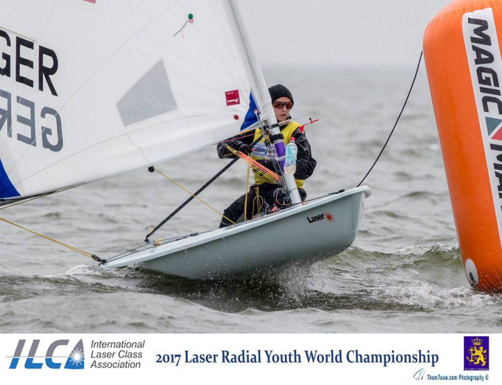Julia Büsselberg dominierte die Qualifikationssere der Laser Radial-JWM. Foto: Thom Touw