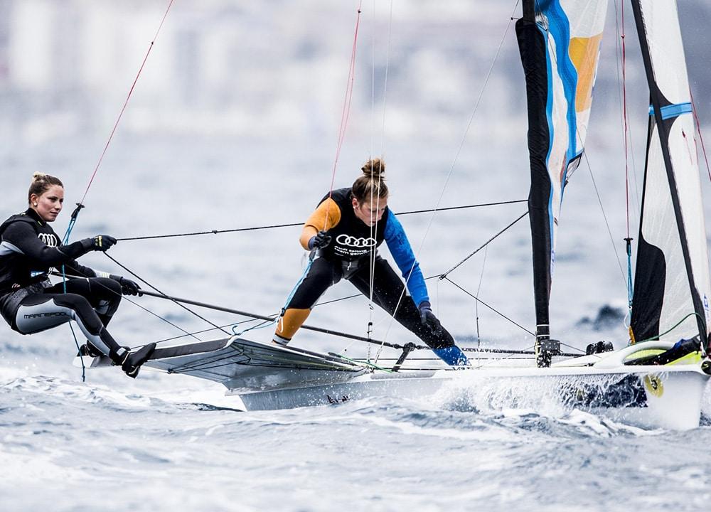 Kurs Rio: Victoria Jurczok (li.) und Anika Lorenz, Verein Seglerhaus am Wannsee Foto: Pedro Martinez/Sailing Energy/Sofia