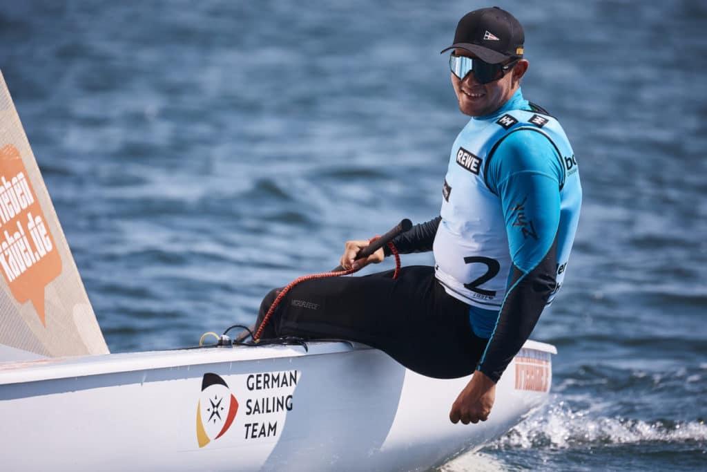 Phillip Kasüske aus dem German Sailing Team siegte im Finn